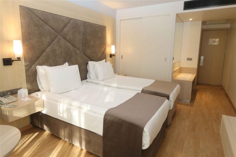 Altın Yunus Resort & Thermal Hotel