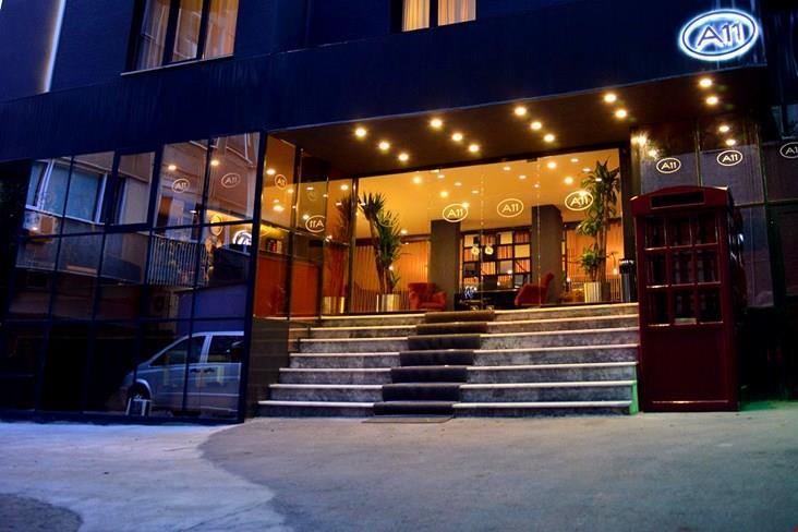 A11 Hotel Cadde