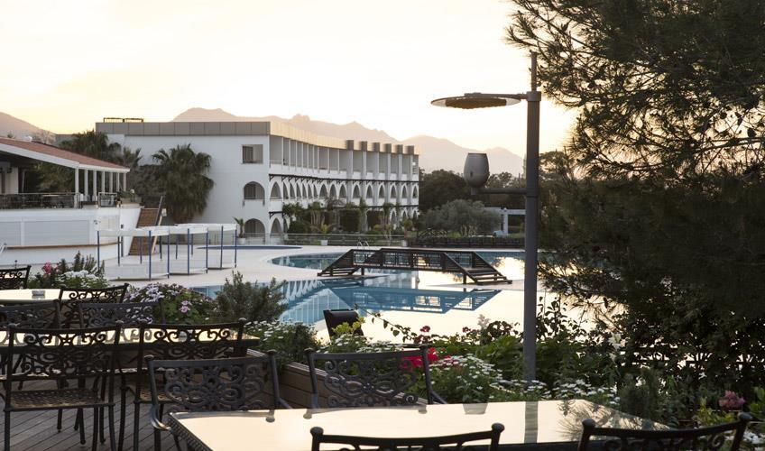 Malpas Hotel & Casino